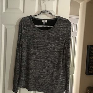 Long sleeve black and gray top